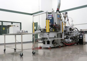 Diversified Plastics Clean Molding Room